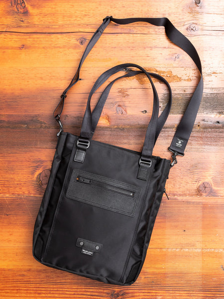 Slim Tote Bag in Black