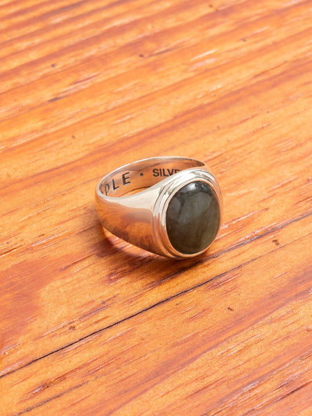 Tommy Signet Ring in Silver/Labradorite