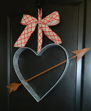 Farmhouse Heart Door Hanger