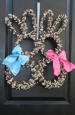 Kissing Bunnies Easter Wreath