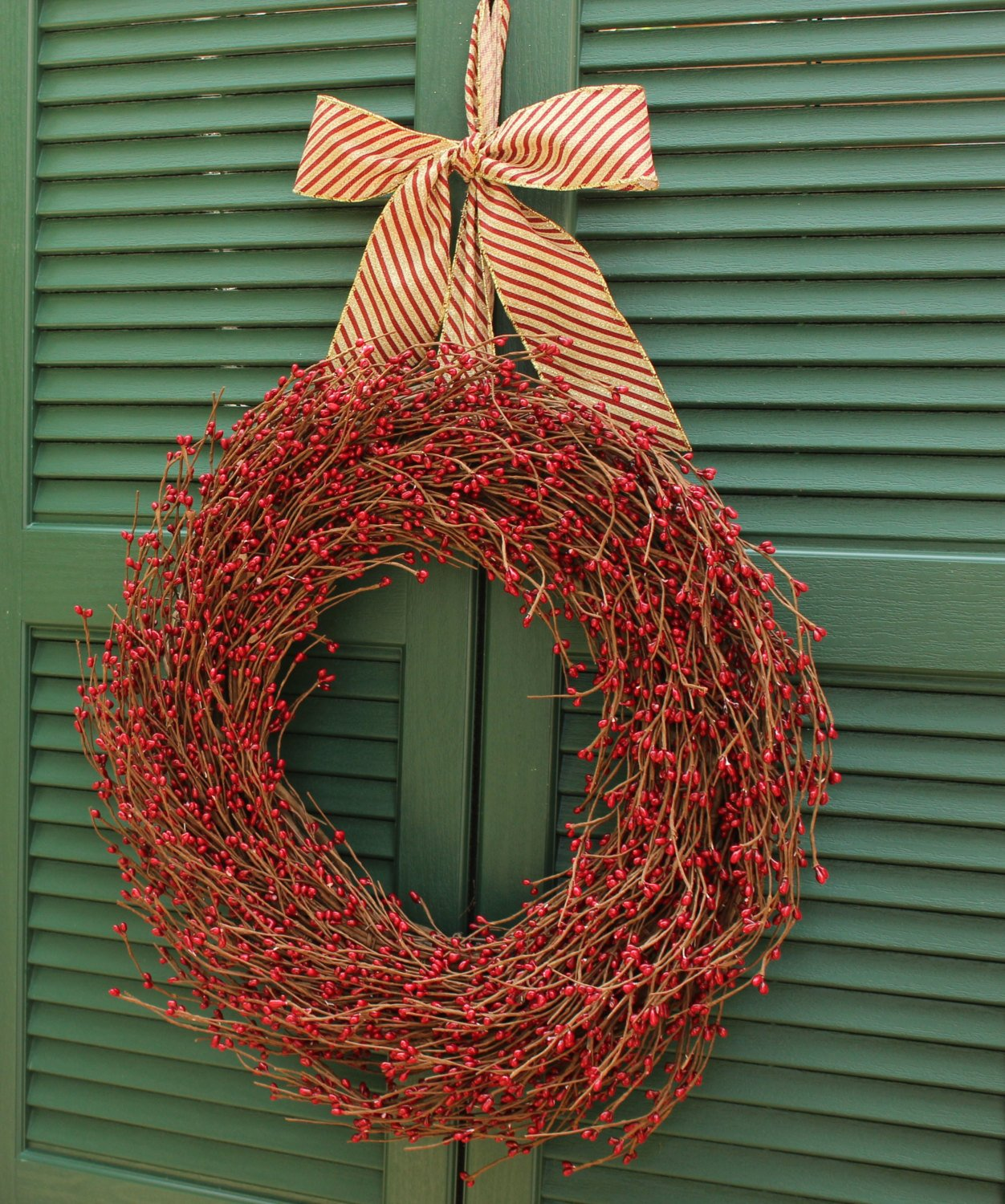 Red Valentine Wreath  - Berry Wreath - Choose Ribbon - Red Berry Wreath