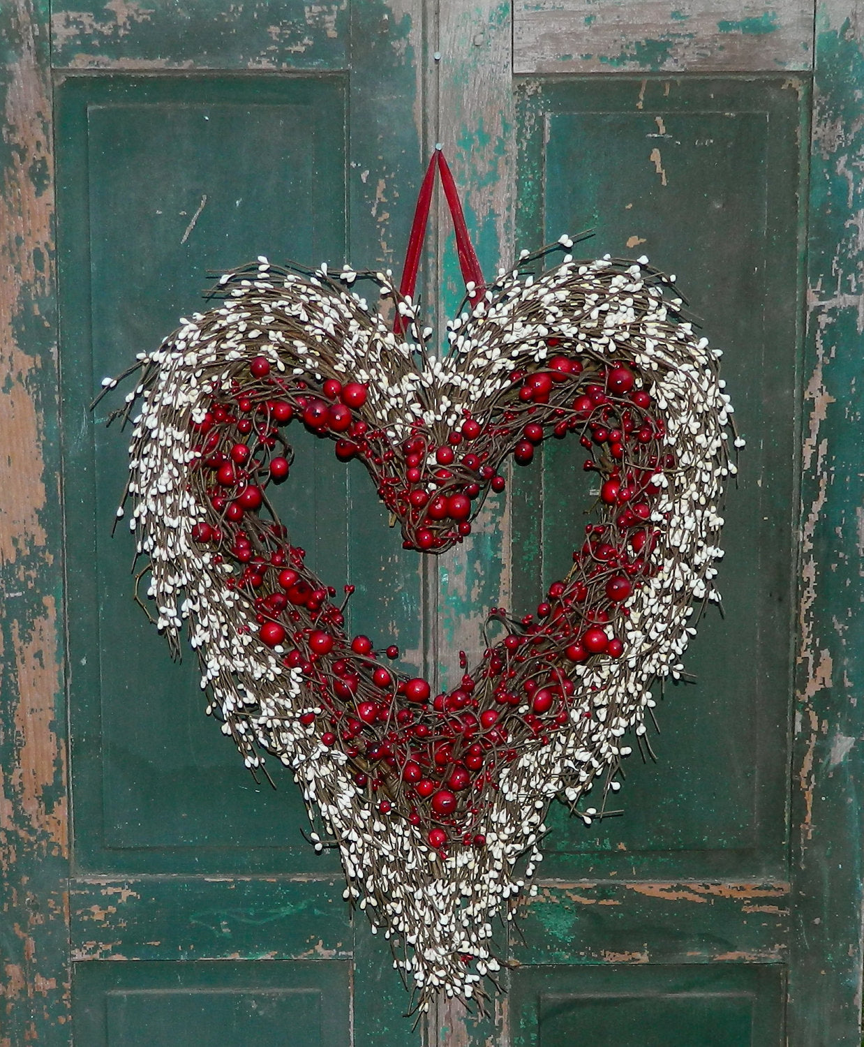 Red Heart Wreath - Valentine Wreath - Heart Wreath - Valentine Gift - Two Sizes