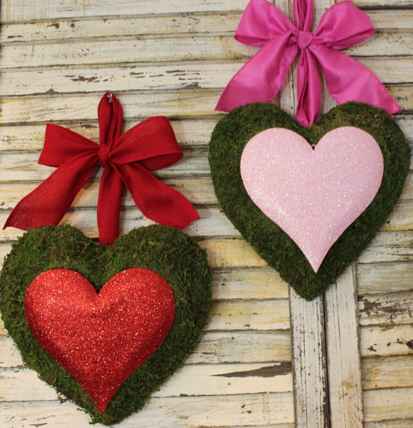 Heart Wreath - Valentine Wreath - Valentine Party Decoration - Choose Bow
