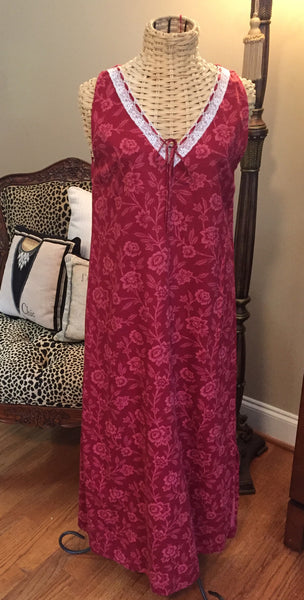 Crabtree & Evelyn Sleeveless Night Gown