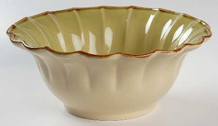 Autumn Waves Salad Bowl In Celery And Cream