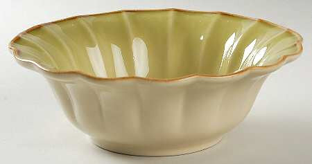 Autumn Waves Soup And Cereal Bowl In Celery And Cream