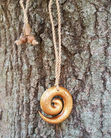 Beautiful Hawaiian Circle Spiral Necklace Handcrafted Carving Design - Koa Wood - Maori Man