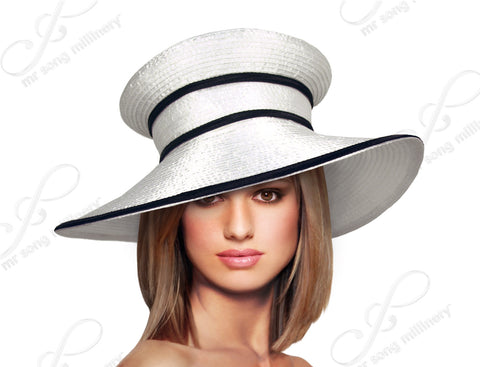 Mushroom Crown Wide Brim With Contrasting Accent