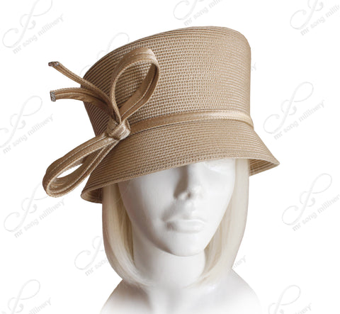 Straw-Tagline Slant-Crown Bucket Cloche Hat With Knot Accent - 2 Colors