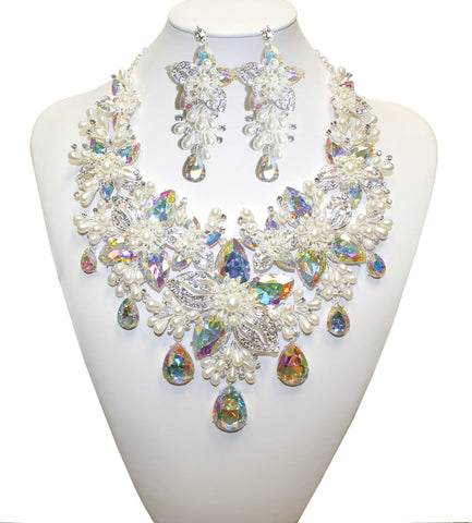 Crystal Aurora Borealis/Pearl Necklace Jewelery & Earrings