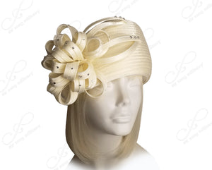 All-Season Beret Cloche Hat With Floral & Rhinestone Accent - Ivory