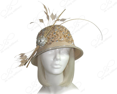 Tagline Laced Bell Cloche Bucket Hat - Beige/Gold