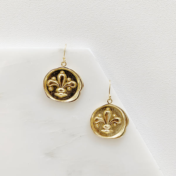 Fleur de Lis Earrings - Gold