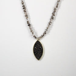 The Dera Necklace