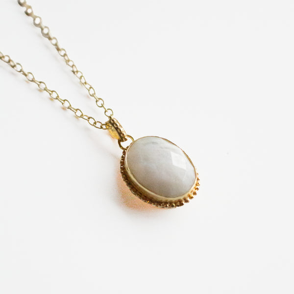 Corrine Pendant Necklace - Moonstone