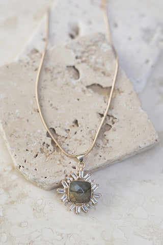 Gala Pendant Necklace