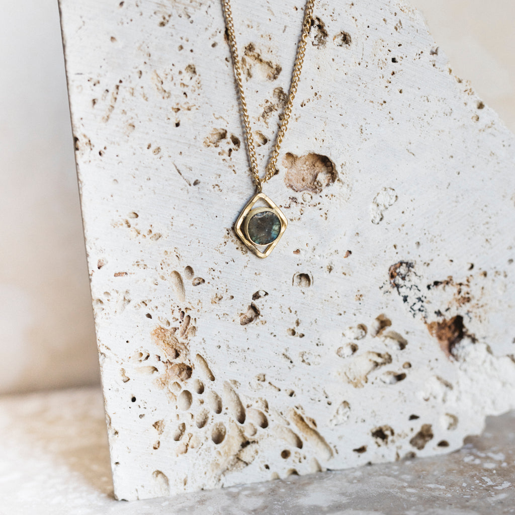 Thira Necklace