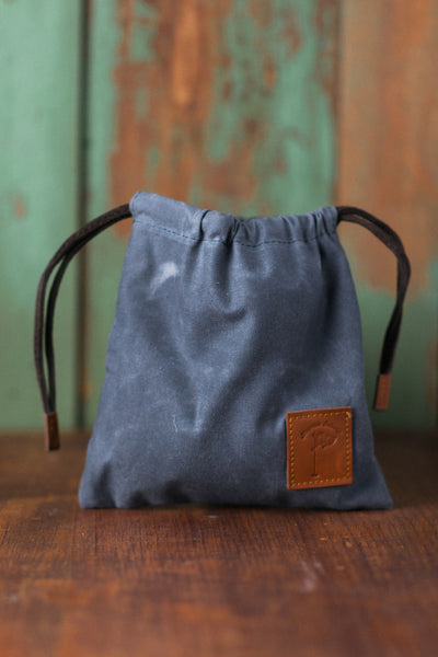 Waxed Canvas Golf Valuables Field Pouch in Sky Blue