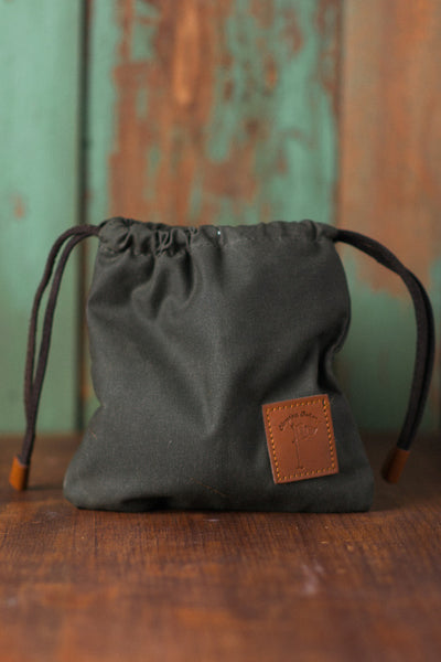 Waxed Canvas Golf Valuables Field Pouch in Charcoal Heather