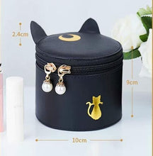 Load image into Gallery viewer, Sailormoon Luna New Makeup Bag SP13391