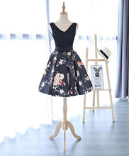 Load image into Gallery viewer, Cute V Neck Floral Pattern Short Prom Dress, Homecoming Dress - DelaFur Wholesale