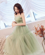 Load image into Gallery viewer, Simple Green Tulle Short Prom Dress Green Tulle Homecoming Dress - DelaFur Wholesale