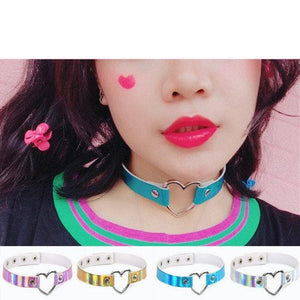 4 Colors Harajuku Hologram Heart Choker SP1812551