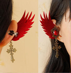 Black/Red Gothic Tassels Wing Ear Clips SP1710788