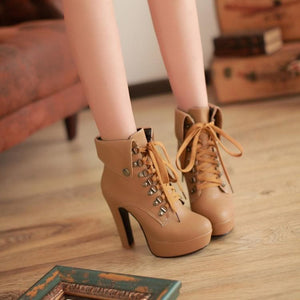 Black/White/Brown Elegant Laced High Heel Boots S12831
