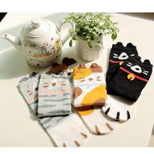Load image into Gallery viewer, Cute Kitty Three-Piece Set Socks SP1711065