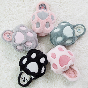 5 Colors Kawaii Fluffy Paw Slippers SP1710767