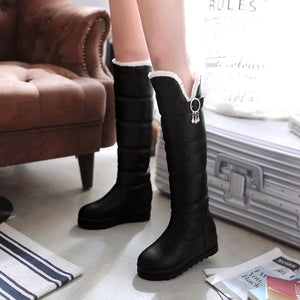 [Ready Stock] Black/White/Red Faux Fur Winter Warm Boots SP310 - SpreePicky FreeShipping
