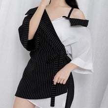 Load image into Gallery viewer, Harajuku Off-Shoulder Stripes Shirt S12781