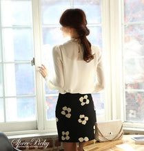 Load image into Gallery viewer, Lace Lapel Bubble Sleeve Chiffon Blouse SP140520 - SpreePicky  - 3