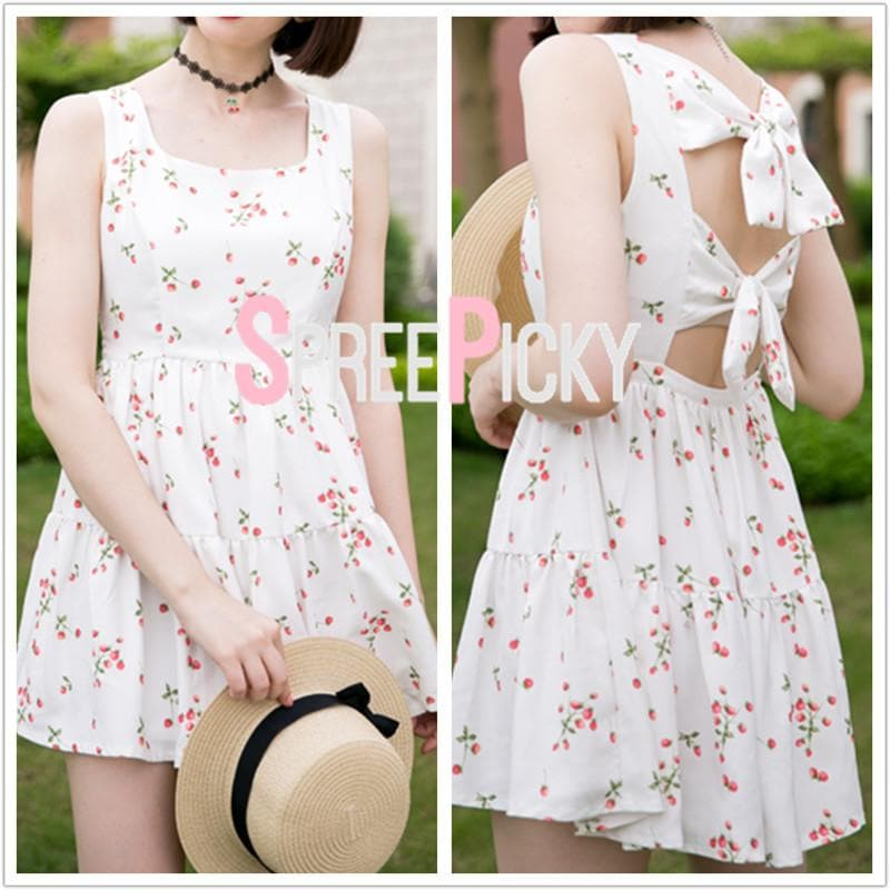 White Floral Back Bow Dress SP179843
