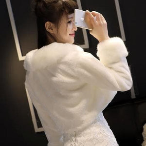 White/Red Winter Fluffy Wedding Dress Cape Coat SP1711040