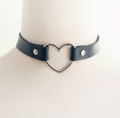 Gift For Royal Customers Only-- Heart Hollow Neck Choker Garter Gift