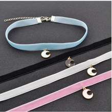 Load image into Gallery viewer, Lolita Crescent Moon Velvet Choker SP168340