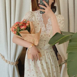 Elegant Vintage Lace Chiffon Puff Sleeve V Neck Floral Dress SP15659