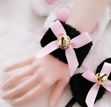Load image into Gallery viewer, Black/White Fluffy Bowtie Bell Maid Accessories Set SP165855