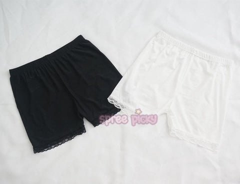 Black/White Lace Safety Shorts SP152732