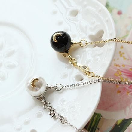 Black/White Sailor Moon Luna/Artemis Pearl Necklace SP1812158