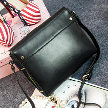 Load image into Gallery viewer, Green/Red Grids Message Shoulder Bag SP154295 - SpreePicky  - 8