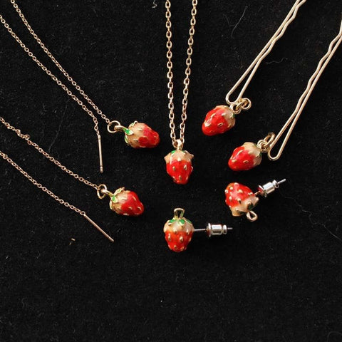 Little Strawberry Necklace/hairpin SP152540