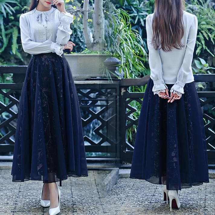 Navy Vintage Floral Maxi Skirt SP179029