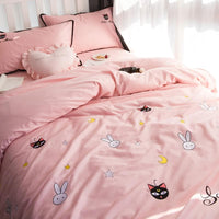 {Free shipping }Pink Salilor Moon Luna Four-Piece Bedding Set SP179433