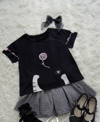 S-M White/Black Kawaii Cat Paw Heart Printing T-Shirt SP167403