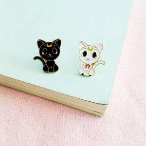 Sailor Moon Harajuku Luna Artemis Wings Brooch SP1811837