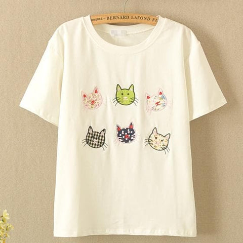 White Kawaii Cat Embroidery Tee SP167402
