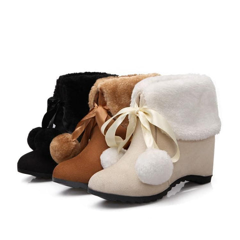 Yellow/Black/Beige Fluffy Pom Lolita Boots SP1711339